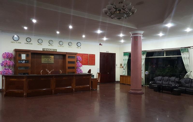Sảnh khách sạn Thiên Ý
